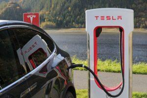 scontro Tesla e Tir