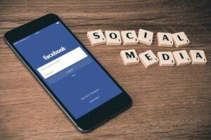come accedere a Facebook